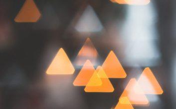 konspirasi segitiga