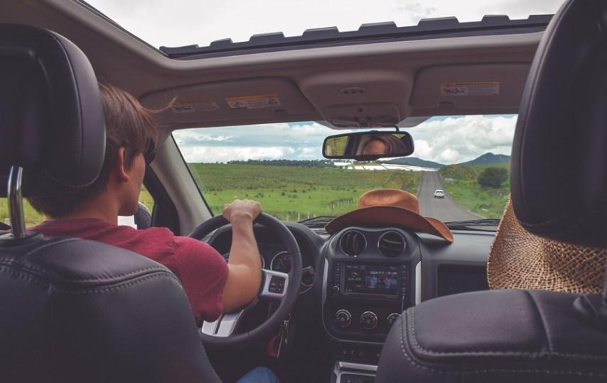 Penyusun Daftar Lagu di Mobil, Antara Dibenci dan Dipuji