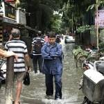 Emang Paling Benar Masalah Banjir Tuh Menyalahkan Orang, Yok Saling Nyalahin Yok