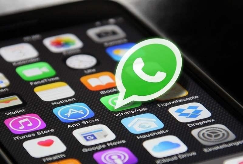 grup whatsapp sekolah grup wa anggota nyebelin cara mute cara keluar stiker meme jualan online mojok