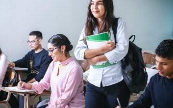 Mahasiswa UTM, sawang sinawang