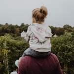 psbb jakarta ayah bapak orang tua overprotektif larang-larang anak perempuan remaja diawasi terus mojok