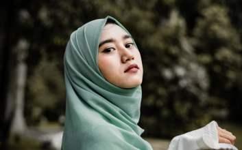 bahan Jilbab Ternyata Bisa Dimaknai Sebagai Perlawanan