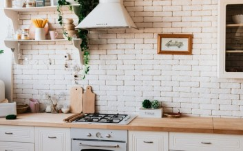 Kitchen Set ala Pinterest Bagi Saya Seperti Dapur yang Tidak Realistis terminal mojok.co