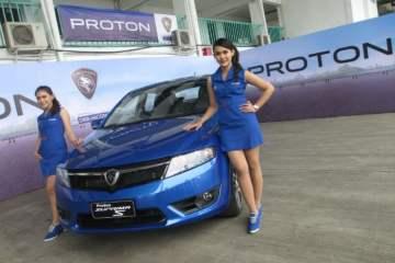 Beberapa Alasan Strategis Jokowi Pilih Mobnas Cap Proton
