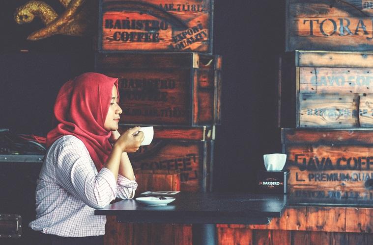 Menjadi Muslim Retro ala Tere Liye