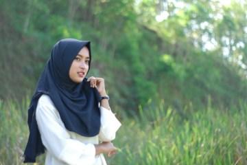 Setelah Kerudung Bersertifikat MUI: Hijab Hipster dan Sempak Halal