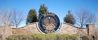 Staley-Farms-entrance
