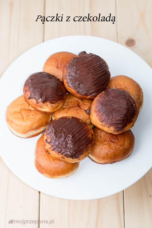 Pączki z czekoladą