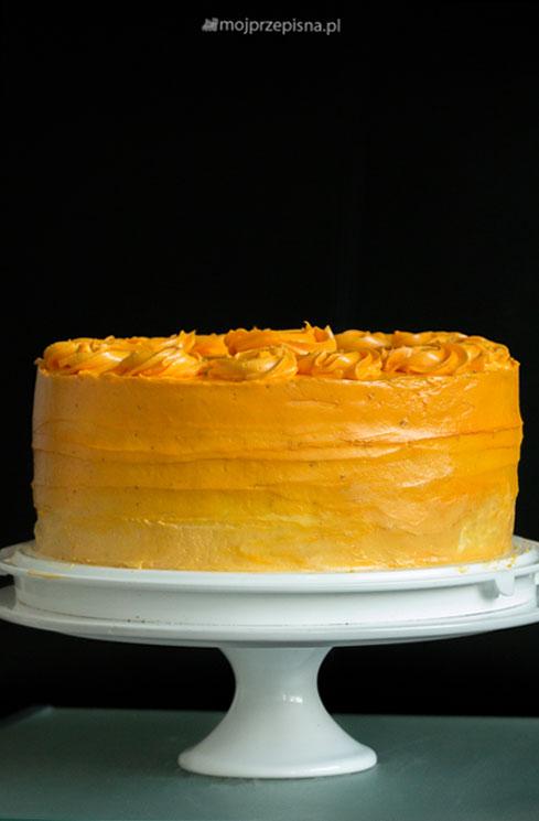 Tort kawowo-truskawkowy Ombre