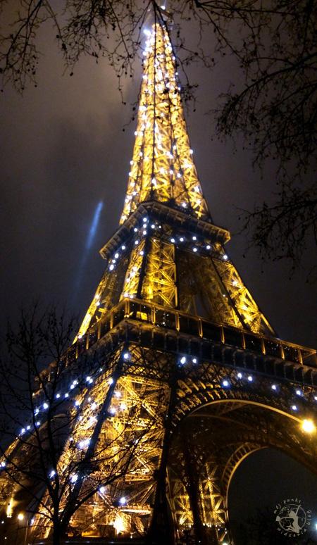 Mój Punkt Widzenia Blog - Wieża Eiffla nocą, Paryż