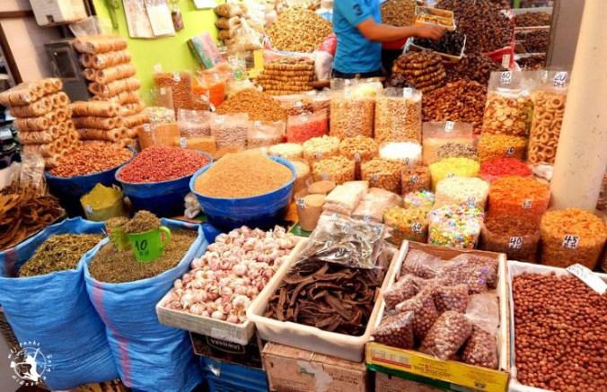 Mój Punkt Widzenia Blog - przyprawy i orzechy na targu souk w Agadirze