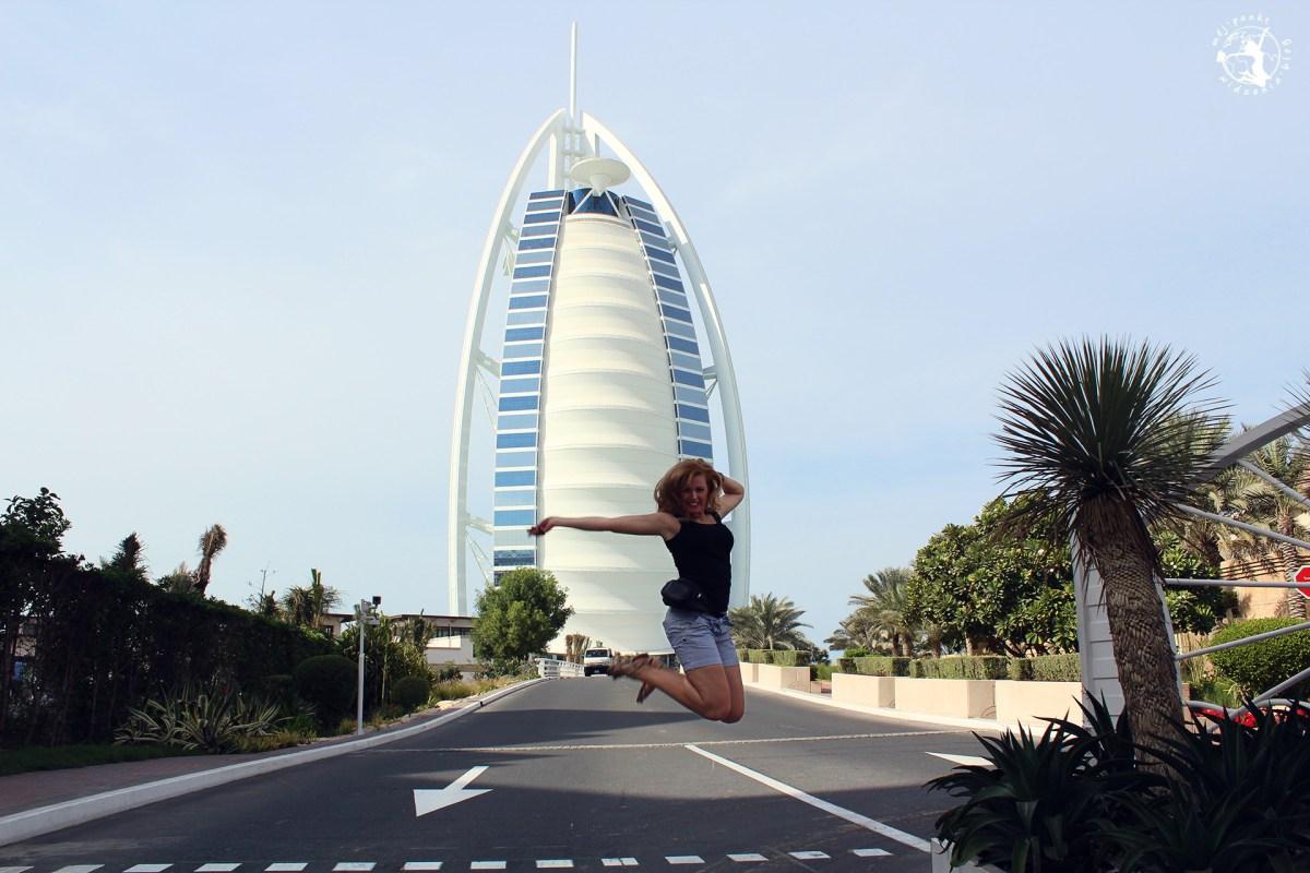 Dubaj praktyczne informacje: ceny, noclegi, bilety lotnicze. Jak zaplanować tani wyjazd do Dubaju?