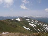 仙ノ倉から平標山と苗場山の展望