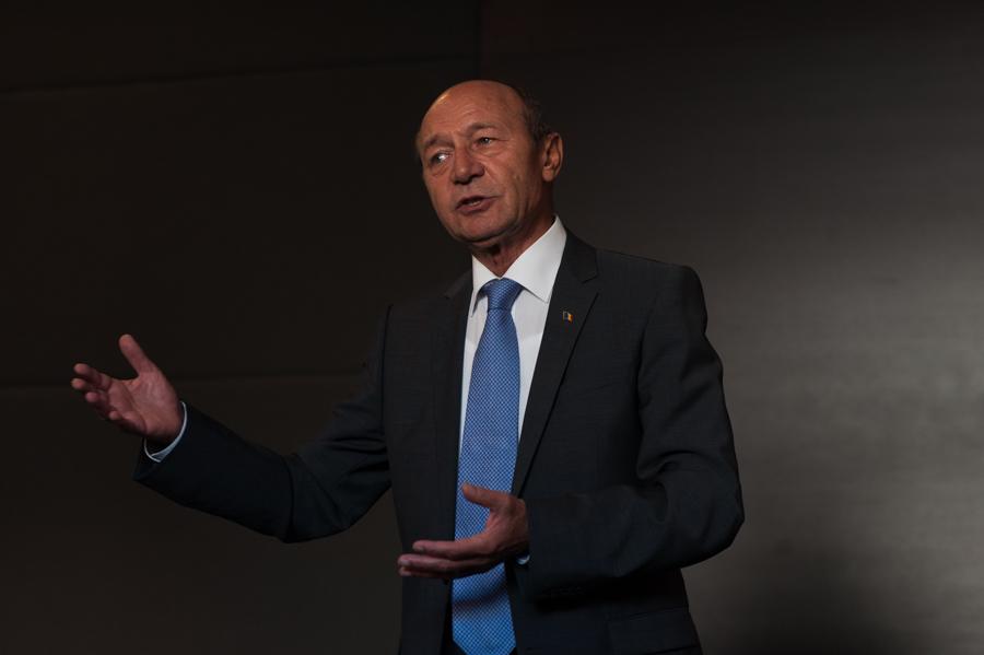 Băsescu, la Chișinău: România poate suporta costurile reunificării