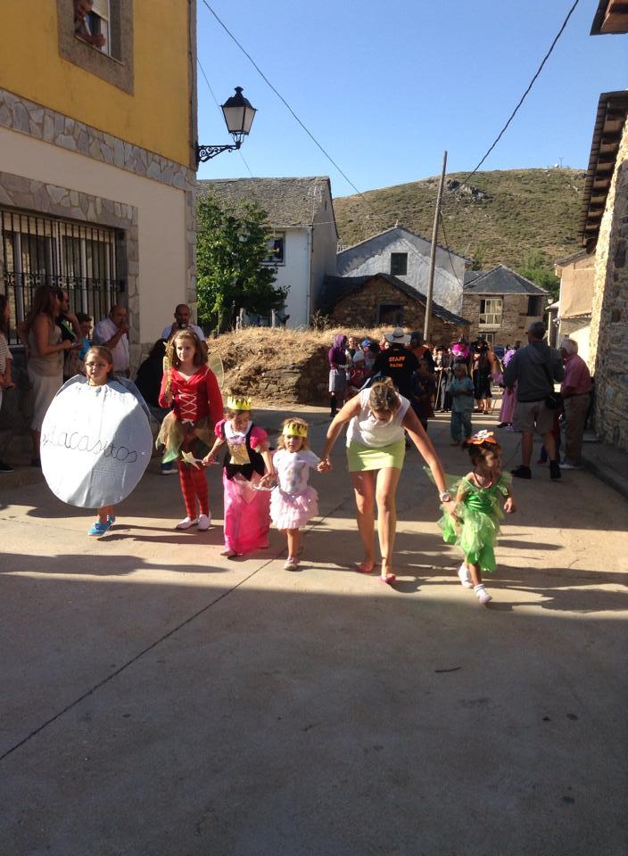 Fiesta de disfraces 2014 (2/6)