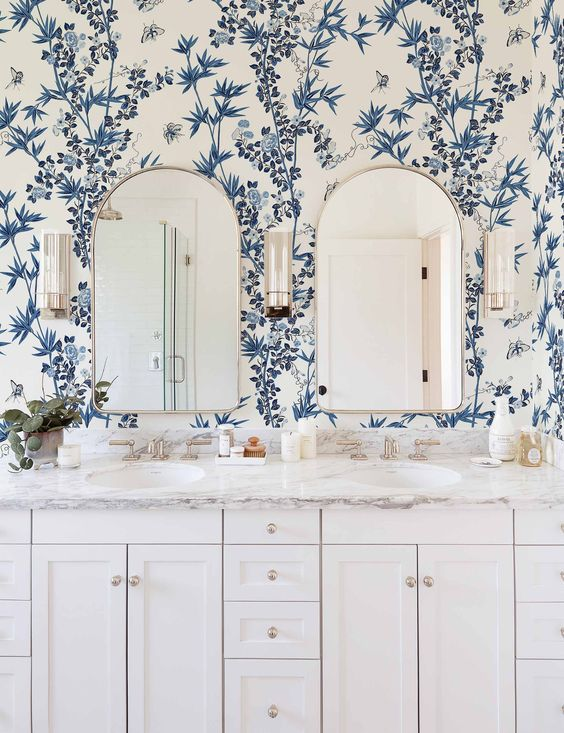 Trendy wallpaper options to try in your home | wallpaper bathroom ideas | wallpaper | wallpaper small spaces accent wall