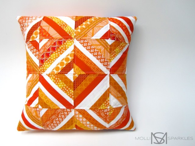 molli_sparkles_string_cushion_orange_01