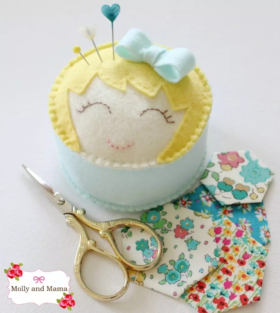 Miss Molly Pin Cushion and hexies - Molly and Mama