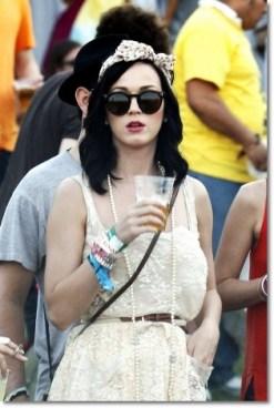 Katy-Perry-lenço