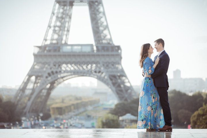 5 Reasons to Book a Photographer During Your Honeymoon | Paris Honeymoon Photoshoot