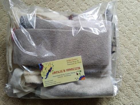 cream-wool-scraps