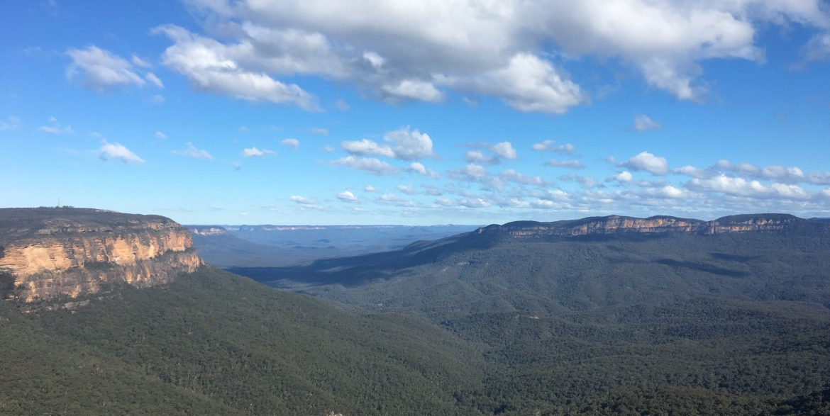 view from the national pass in blue mountains australia