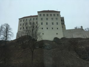 Пяскова Скала - замок на скале