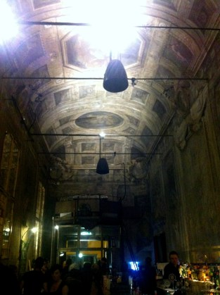 So casual about the old: beautiful painted ceilings in a bar