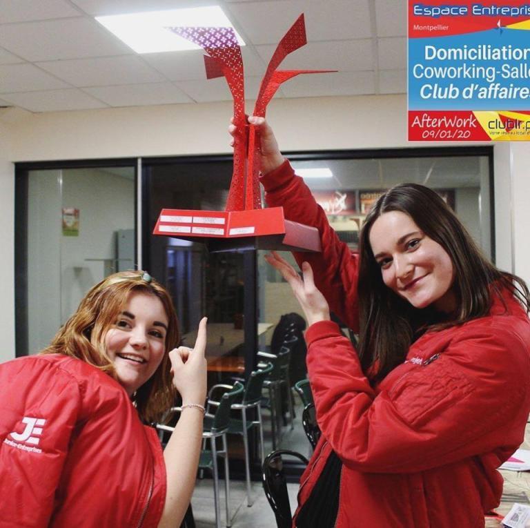 Morgane et Isaline, victoire du concours de Pitch à L'espace entreprise