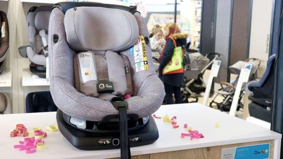 maxi cosi axissfix air Negenmaandenbeurs 2018 Veiling in de auto : Wat je wilde weten over autostoeltjes en zitverhogers momambition.nl