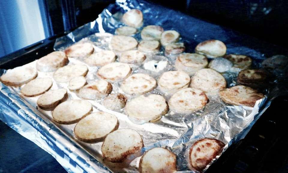 RECEPT   Schelvis met spek en sperziebonen hellofresh momambition.nl zelfgemaakte aardappelschijfjes uit de oven