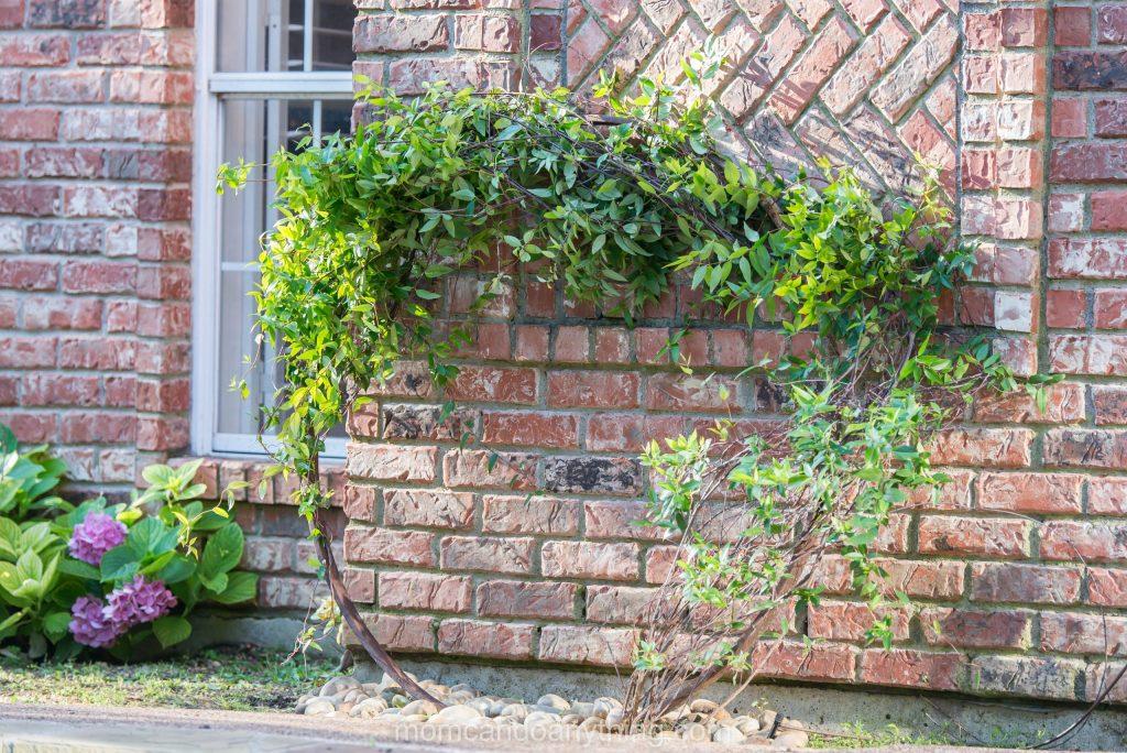 Garden Art from Trash, Wagon Wheel