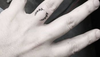 Cross Tattoo On Finger Cross Simple Tattoos Simple Tattoos