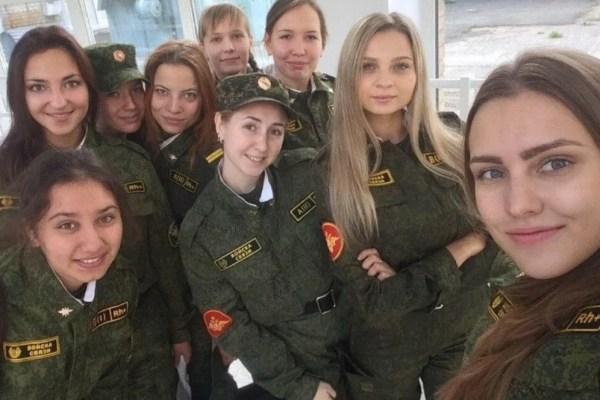ロシア特殊部隊女性かわいい. девушка солдат рф