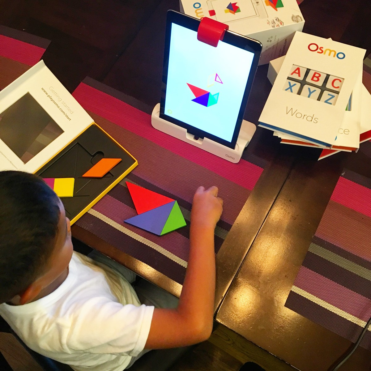 Get Hands On with your iPad and the OSMO Genius Kit