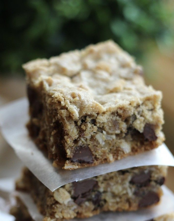 Peanut butter chocolate chip bars with oatmeal.
