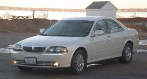 2004 Lincoln LS  Information and photos  MOMENTcar
