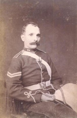 British Officer photographed by Scowen & Co. [Image Courtesy: www.imagesofceylon.com ]