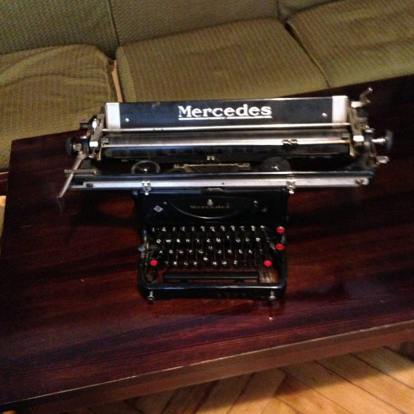 Antonina was a writer, and her original typewriter is on display in the home.