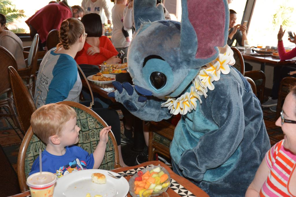 Breakfast with Lilo and Stitch at Ohana