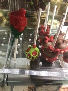 Cake Pops at Candy Cauldron