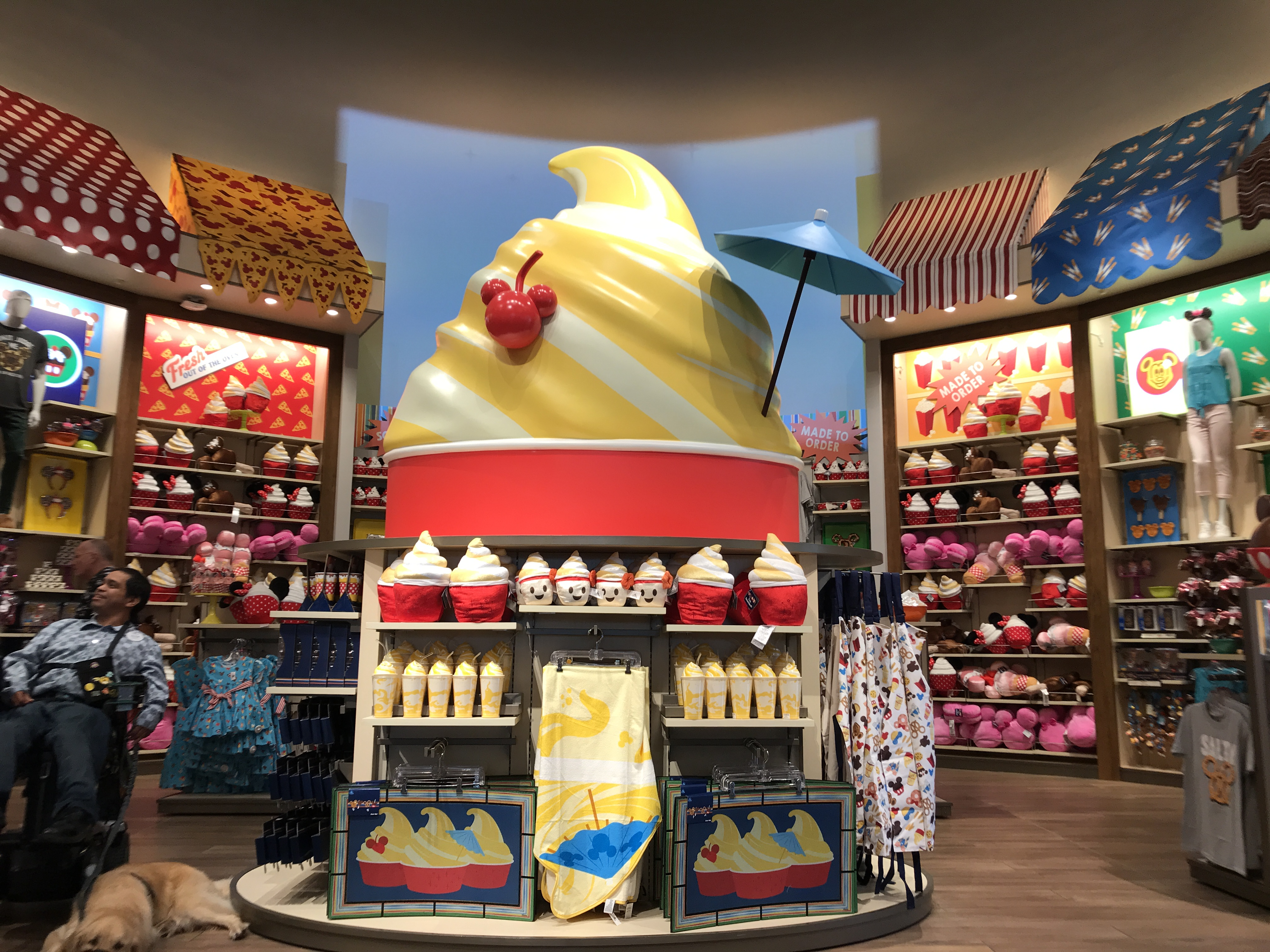 Grab your favorite Snack gifts at World of Disney!