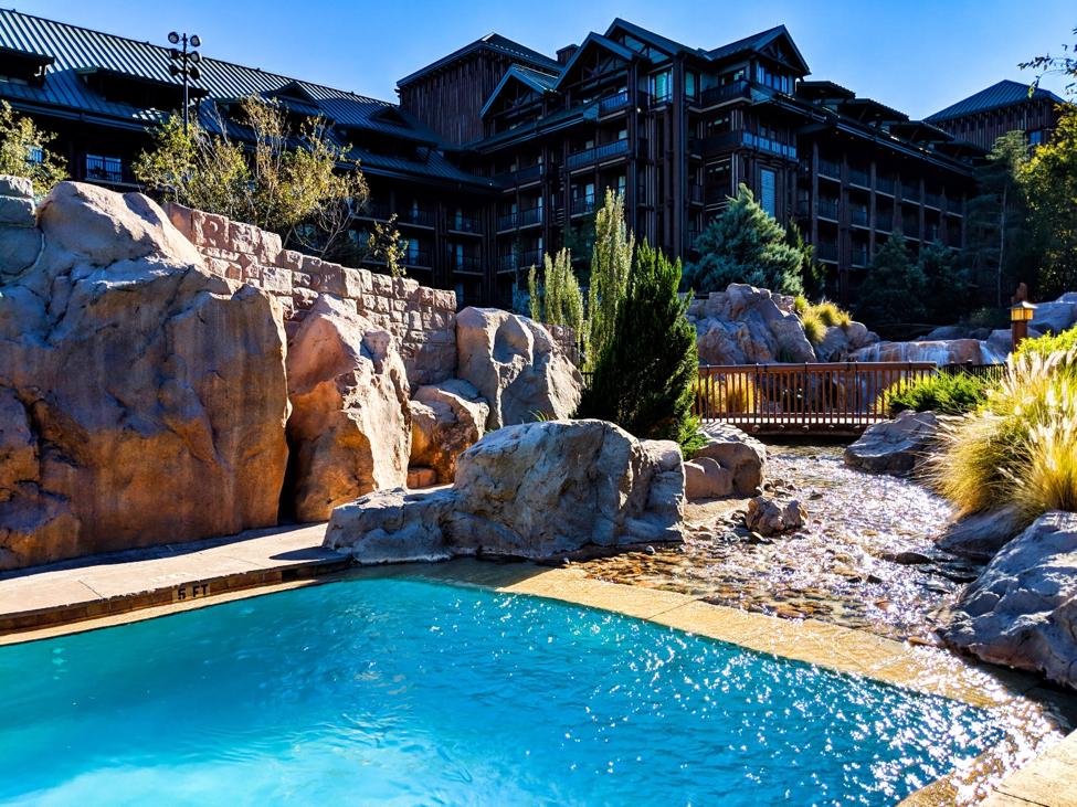 Copper Creek Pool at Wilderness Lodge Disney World Resorts