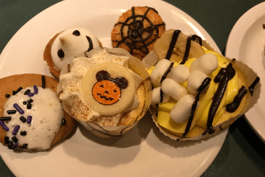 Halloween Desserts at Hollywood and Vine Buffet