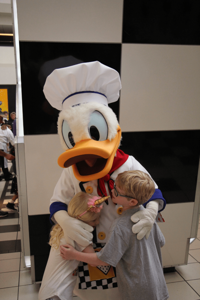 Donald Duck at Chef Mickey's