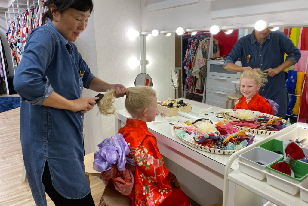 Hairstyling at Kimono experience