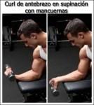 Curl de antebrazo con mancuerna en supinación para un mejor desarrollo muscular