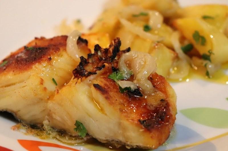 Bacalhau Assado no Forno com Batatas | Receita Nova!