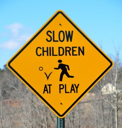 children-at-play-sign-1423487586wN9